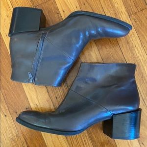 Nine West Ankle Booties- SZ 9